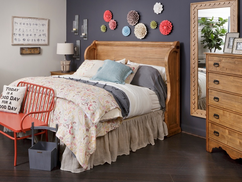 Slideshow Hgtv 39 S Joanna Gaines Offers Fixer Upper Style With New Magnolia Home Furniture