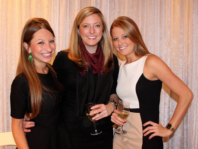 17 Laura Thompson, from left, Lauren Killory and Jessica Travis at the Recipe for Success' Dress for Dinner