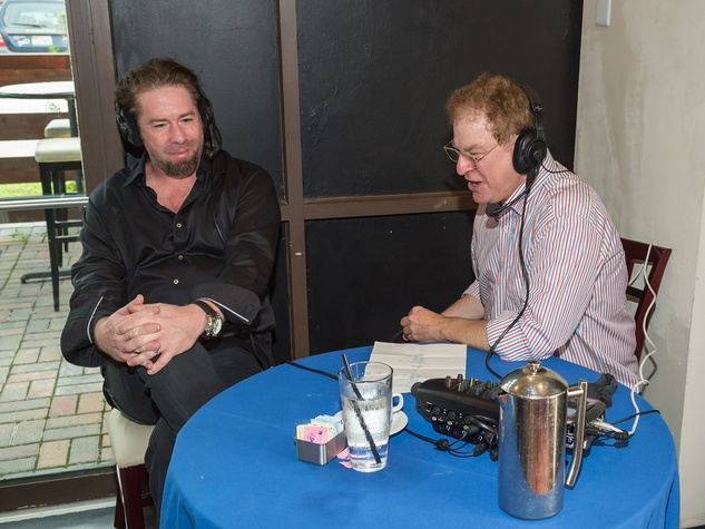 Jeff Bagwell, left, and Robert Wuhl at Roger Clemens' Celebrity Slam Party July 2014