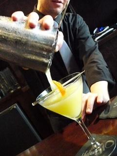 News_alcohol_bartender