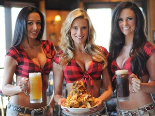 Waitresses at Twin Peaks restaurant