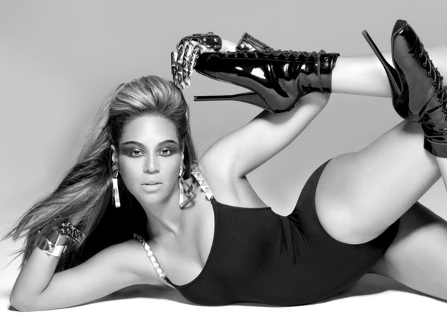 Beyonce posing from Single Ladies