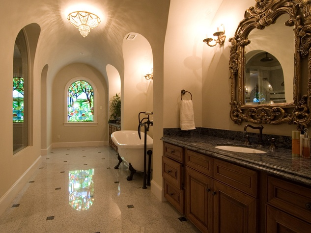 On the Market 2216 Chilton Road January 2015 master bath BEFORE