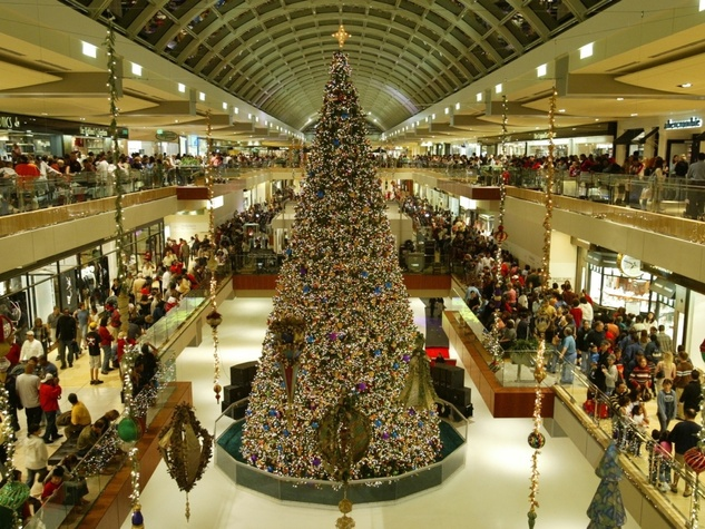 Shop town houston boasts three of the biggest malls in for Top 10 american christmas traditions