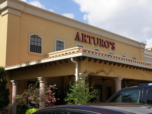 Arturo 39 s no more boada is out at uptown italiano for Arturo boada cuisine houston tx