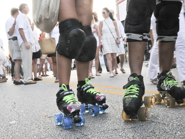 006_White Linen Night, August 2012, roller skates