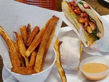 Dallas deli fires up Latin-styled sandwich spot for Addison center
