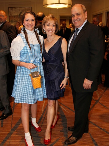 5 Hannah Hester as Dorothy, from left, with Judy and Ronnie Yambra at the Seven Acres Gala February 2014