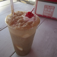 Root beer float at Flat Top Burger Shop in Austin