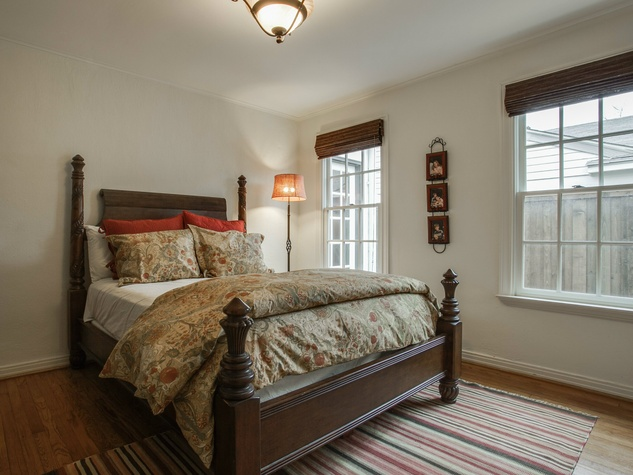 Bedroom at 5338 Ellsworth Ave in Dallas