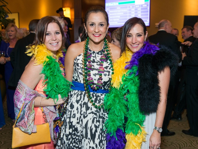 9 Heidi Chelala, from left, Maricela Diebra and Victoria Schoeahofer at the St. Thomas Mardi Gras Gala February 2015
