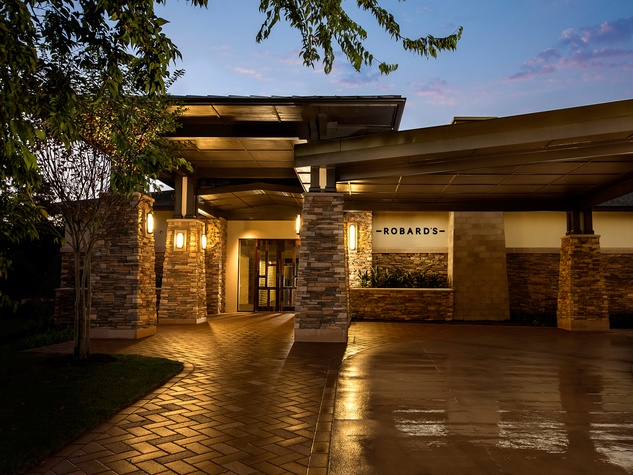 Robard's Steakhouse The Woodlands exterior night October 2014