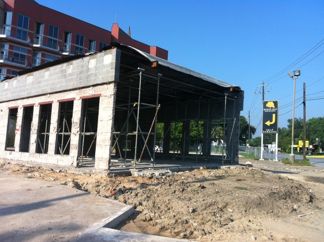 Construction of Doc's bar on Westheimer