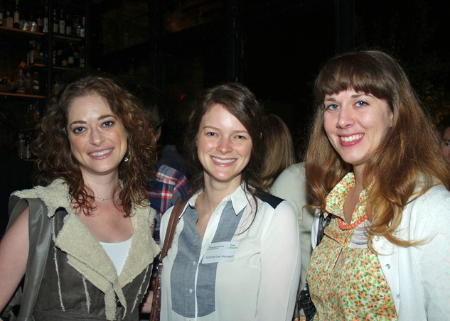 9 Aliza Wender, from left, Katherine Haneef and Delaney Harris-Finch at the Preservation Houston Young Professionals party November 2013