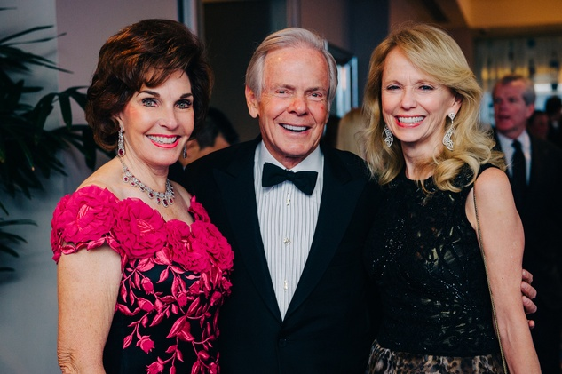 Sherry and Jim Smith, left, with Susan Sarofim at the Circle of Life Gala April 2015