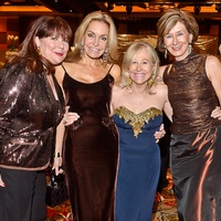 News_Celebrity PAWS gala_November 2011_Barbara Van Postman_Andrea Turtur_Babs Veyna_Cherry Whitley
