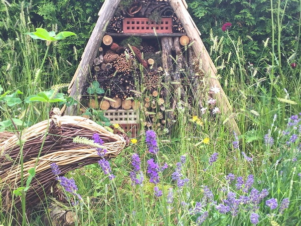 10 easy ways to create a rustic garden in any space - CultureMap San ...