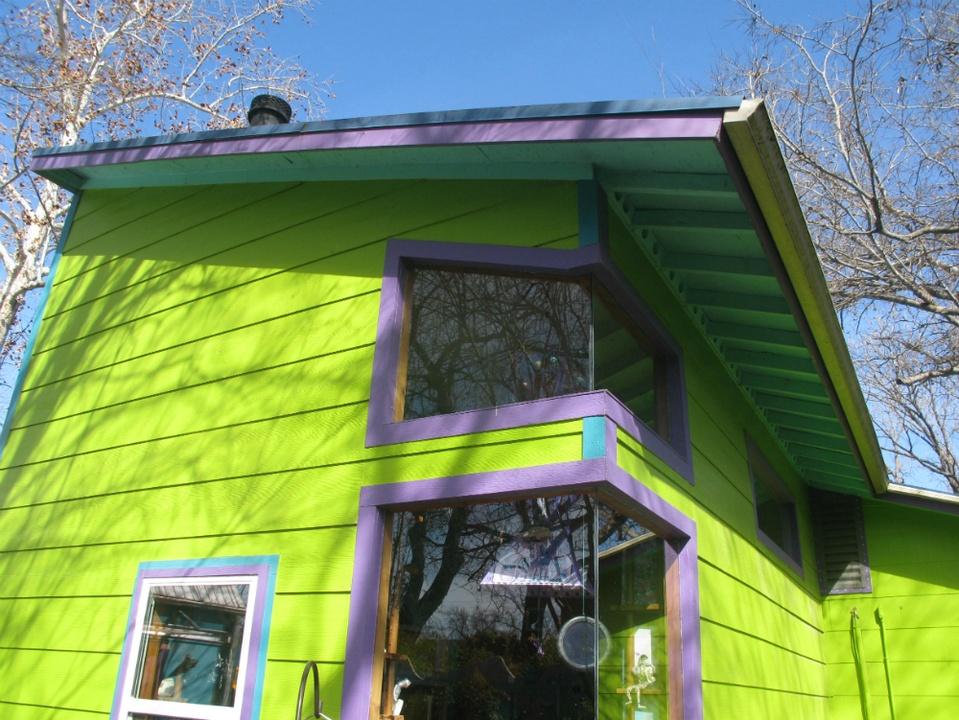 Austin Weird Home Tour_Under the Sea_exterior_Spring 2015