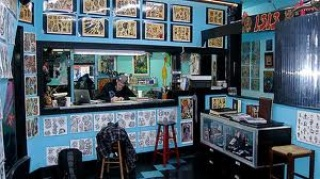 Austin_photo: places_shopping_southside tattoo_interior