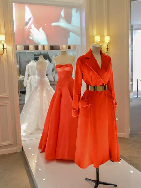 slideshow wonderful world of haute couture a rare look inside the salons at christian dior. Black Bedroom Furniture Sets. Home Design Ideas
