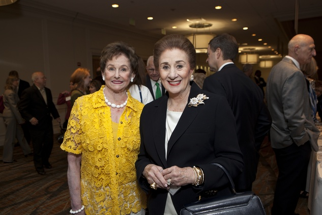 0039 Ann Gordon Trammell, left, and Martha Turner at the Menninger Luncheon May 2014