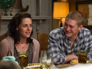 Kristen Stewart and Joe Alwyn in Billy Lynn's Long Halftime Walk