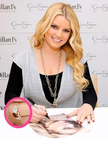 News_Jessica Simpson_engagement ring