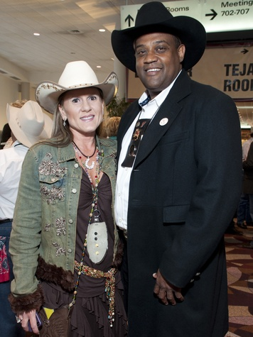 News_006_RodeoHouston_Uncorked_March  2012_Leah Stasney_Curtis Clerkley.jpg