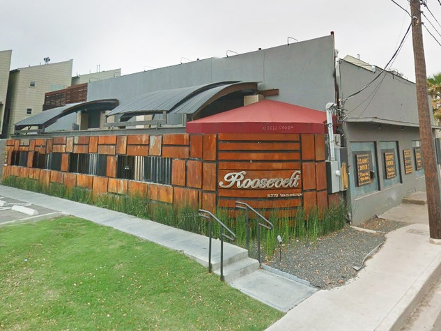 News_Roosevelt Bar_exterior