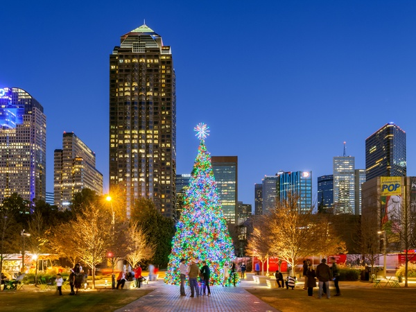 City Of Warren Christmas Tree Lighting 2021 Dallas Takes On Rockefeller Center With New Christmas Tree Show Culturemap Dallas