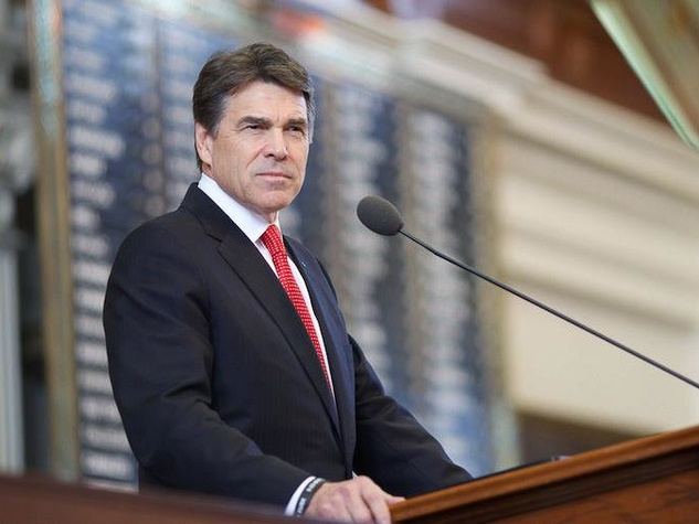 Rick Perry at mic 2013