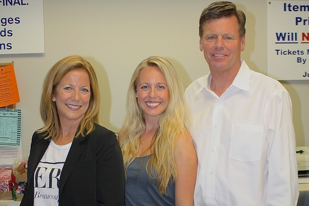 News, Shelby, Blue Bird Circle endowed chair, October 2014, Dodi Willingham, Catherine Willingham, Mark Willingham