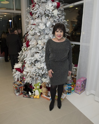 16 Patricia Howell at the Vitenas party December 2014