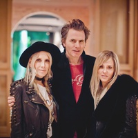 29 Gela Nash Taylor and John Taylor, from left, with Pamela Skaist-Levy at the Pam & Gela party November 2014