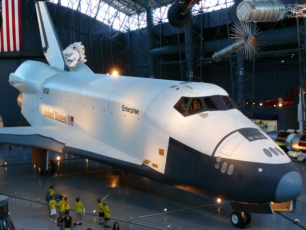 New York damages space shuttle: Enterprise dinged up on ...