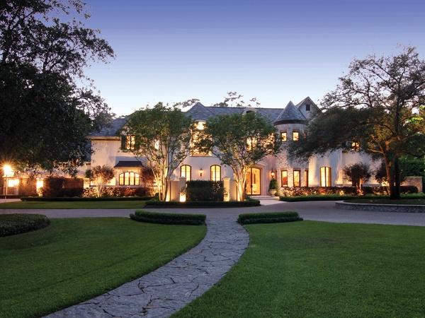 Sales of million dollar homes and higher skyrocket for Million dollar cabins for sale
