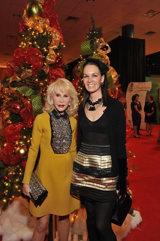 2 9406 Diane Lokey Farb, left, and Beth Muecke at the Theta Charity Antiques Show Preview Party November 2014