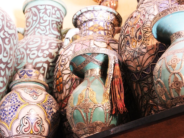 travel photos by Laurier Blanc June 2014 Souk Vases Marrakech