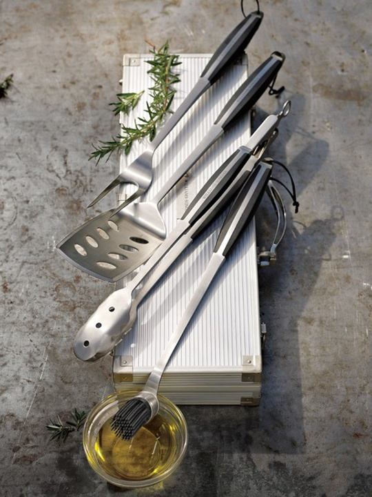 Williams-Sonoma barbecue tool set
