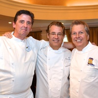 9, Best Cellars, September 2012, Tim Keating, Robert Del Grande, Dean Fearing