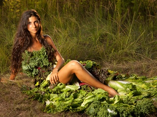 News_Kristina Carrillo-Bucaram_Sitting_Lettuce Dress