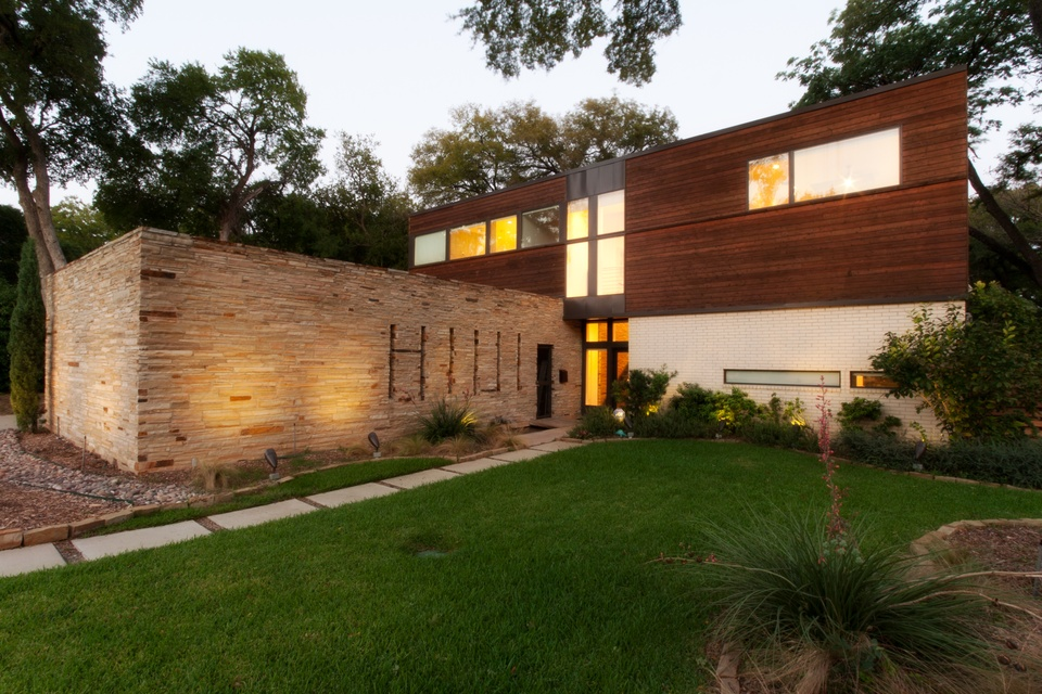 A Sneak Peek Inside The Haute Houses On The Dallas Modern