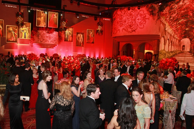 294 The crowd and venue Houston Grand Opera Ball April 2015