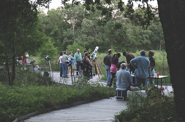 "Houston Arboretum and Nature Center hosts ""BBQ, Telescopes & A Night in the Woods"""