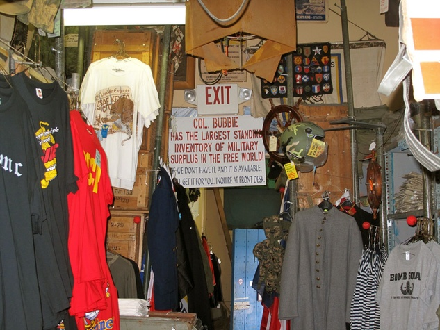 Col. Bubbie's in Galveston store interior