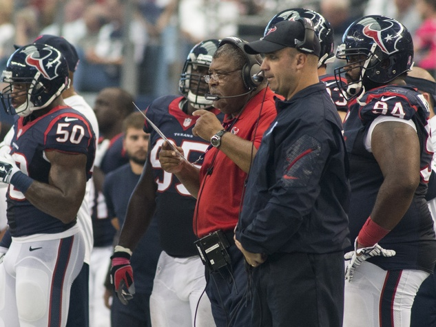Texans vs. Cowboys Oct. 5, 2014 Texans coaches on sideline