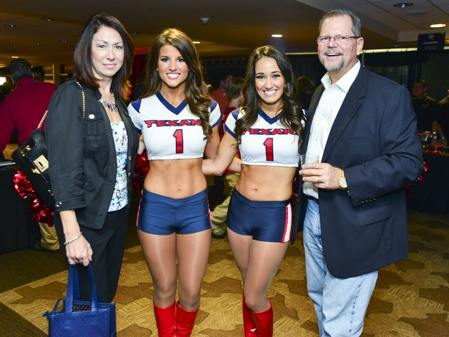 6 Patty Melinder, from left, Delancy, Amelia and Art Melinder at Taste of the Texans November 2013