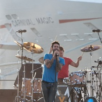 News_Maroon 5_Carnival Magic_concert