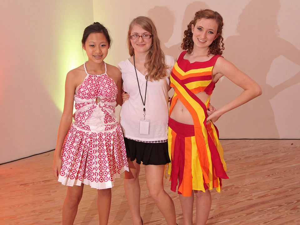 News_29_CAM_Teen fashion show_May 2012
