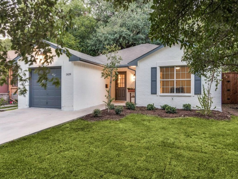 Slideshow Renovated Homes Like This One In Hot Oak Cliff